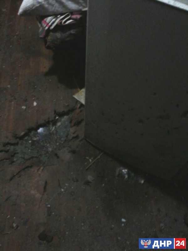 Последствия обстрелов Докучаевска. (Фото)