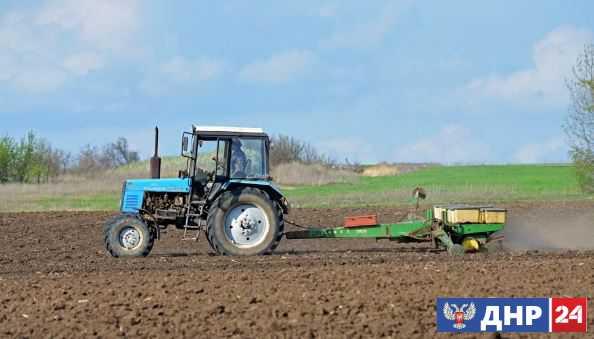 Аграрии Донецкой Народной Республики завершили сев льна