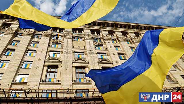 В Киеве требуют обязать продавцов говорить только на украинском языке