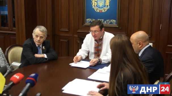"Прокуратура выписала ""пидозру"" Сталину и Берии за депортацию татар"