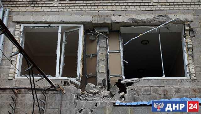 В Докучаевске три многоквартирных дома повреждены после обстрелов ВСУ
