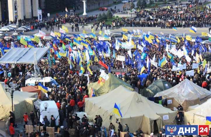 Financial Times предупреждает: Украина становится островом!