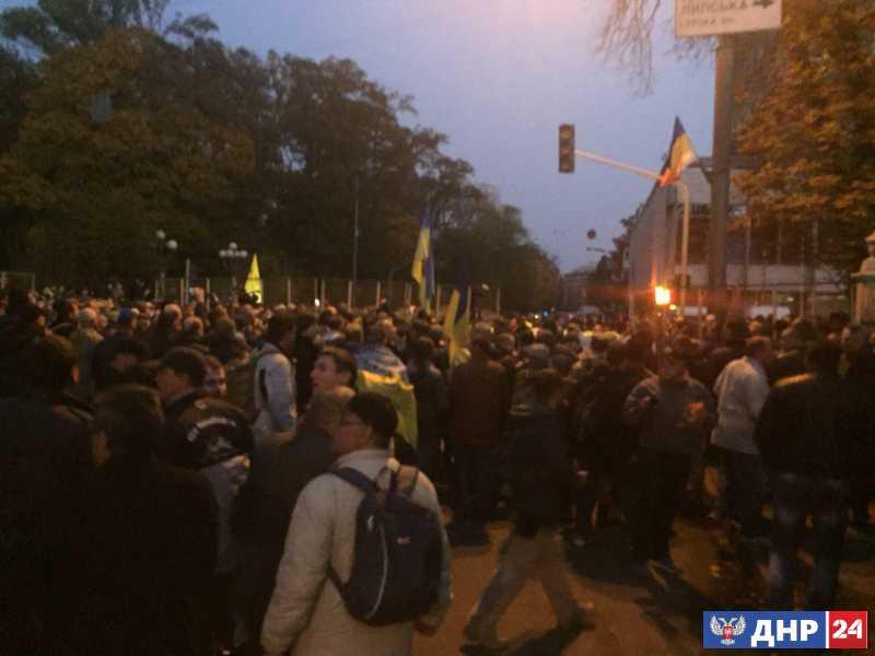 Митинг Саакашвили: ситуация под Радой выходит из-под контроля.