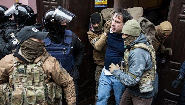 Перформанс в Киеве, или Карлсонашвили