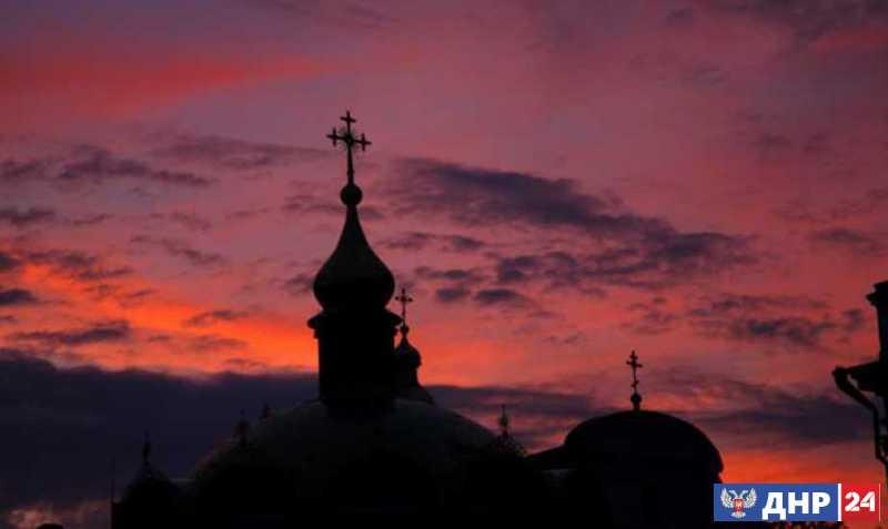 Украина: от расколотого государства к разорванному