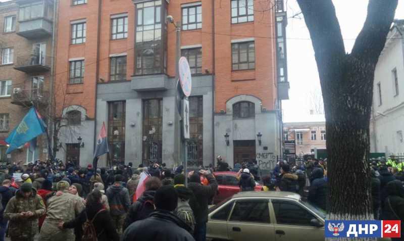 Беснования в Киеве, или Майдан против майдана