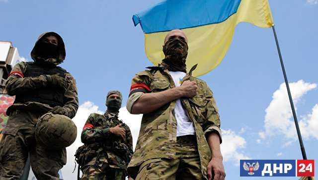 Свастика над Украиной. Киев покрывает и использует нацистов