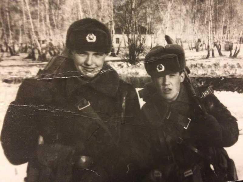 Военное училище, 1989