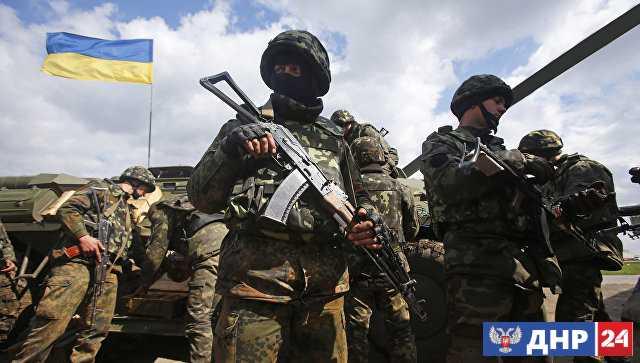 Силовики семь раз за сутки нарушили режим прекращения огня, заявили в ЛНР