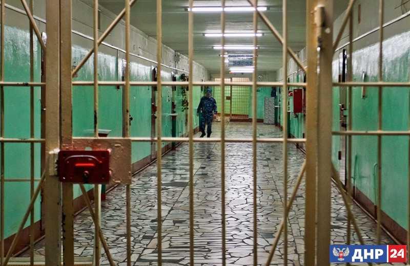 Сотрудница медико-социальной экспертной комиссии в Енакиево задержана за взятку