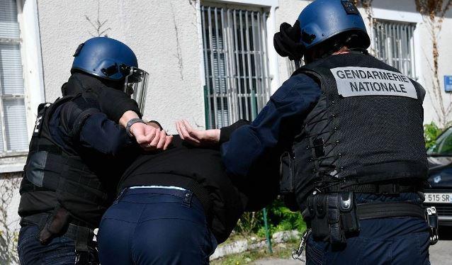 Почему чёрные африканцы страшат Макрона меньше украинских банд